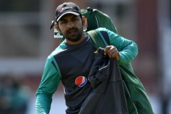 Icc World Cup 2019 Pcb Allows Families To Stay With Pakistan Players After India Match