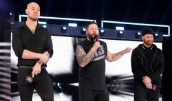 Spoiler On Guest Referee For Universal Title Match At Wwe Stomping Grounds