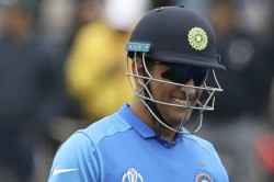 Dhoni To Mask Army Insignia On His Wicketkeeping Gloves Against Australia