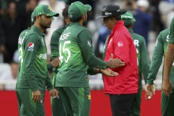 Icc World Cup 2019 When Umpires Stopped Pakistan England Players From Roughing Up The Ball