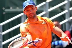 Karlovic Out Tomic Struggles Hall Of Fame Open