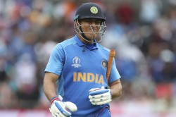 Icc World Cup 2019 It Was A Tactical Blunder To Send Dhoni At Number Seven Say Former Greats