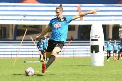 Albert Serran To Stay With Bengaluru Fc For One More Season