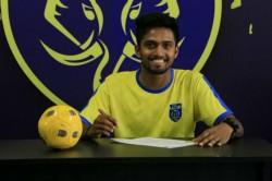 Isl Transfer Kerala Blasters Rope In Youngster Arjun Jayaraj