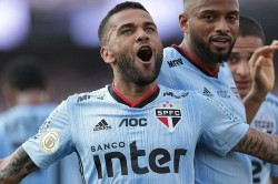 Dani Alves Debut Goal Sao Paulo