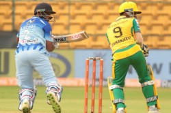 Kpl 2019 Ballari Tuskers Cruise To 7 Wicket Victory Over Bijapur Bulls