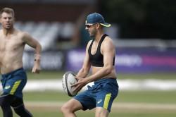 Ashes 2019 Lyon Hands Australia Injury Scare