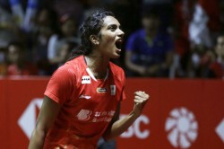 China Open 2019 Sindhu Advances After Easy Win Over Li Xuerui Saina Crashes Out