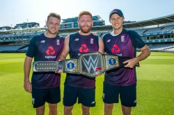 Jofra Archer Jason Roy Jos Buttler Celebrate England S World Cup Success Wwe Championship Title
