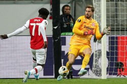 Eintracht Frankfurt 0 3 Arsenal Bukayo Saka Punishes 10 Man Hosts Match Report