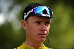 Chris Froome Light At The End Of The Tunnel Bradley Wiggins Tour De France Tipped