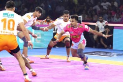 Pkl 2019 Hosts Jaipur Pink Panthers Keep Playoff Hopes Alive With Comfortable Win Over Puneri Paltan