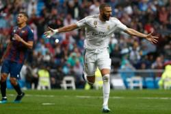 La Liga Wrap Benzema Brilliance Inspires Real Madrid Fati Lights Up Barcelona