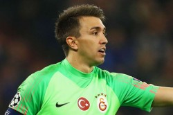 Club Brugge 0 0 Galatasaray Honours Even In Game Of Missed Chances
