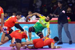 Pro Kabaddi League 2019 Up Yoddha Beat Patna Pirates
