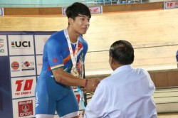 Track Asia Cup 2019 Ronaldo Laitonjam Creates Junior Asian Record As India Win 10 Medals Day
