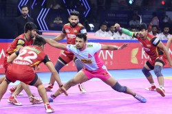 Pro Kabaddi League 2019 Jaipur Pink Panthers Defeat Bengaluru Bulls