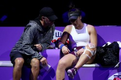 Andreescu Retires To Exit Wta Finals Defending Champion Svitolina Reaches Semis