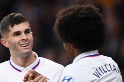Burnley 2 4 Chelsea Pulisic Hat Trick Heroics Earn Seventh Straight Win