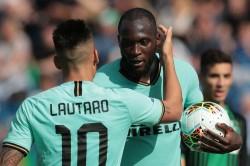 Sassuolo 3 4 Inter Lukaku And Martinez Shine Bright Against Brave Neroverdi