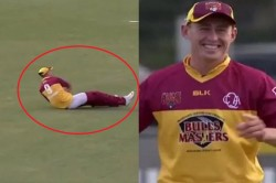 Marnus Labuschagne Effects A Run Out Despite Losing His Pants While Fielding