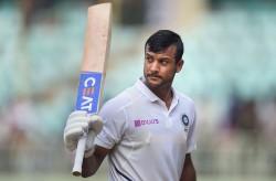 Mayank Agarwal S Fearless Cricket Very Much Like His Idol Virender Sehwag Vvs Laxman