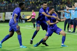 Isl 2019 20 Kbfc Vs Mfc Mumbai City Open Win Account In Kochi