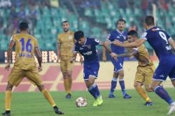 Isl 2019 20 Cfc Vs Mcfc Chennaiyin Mumbai Play Out Entertaining Draw On Diwali Evening