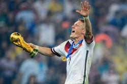 Bastian Schweinsteiger Symbolic Germany Bayern Munich Retirement Hitzfeld