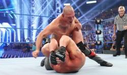 Former Ufc Champ Cain Velasquez Confronts Brock Lesnar On Wwe Smackdown