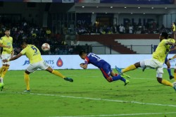 Isl 2019 20 Chhetri Heads Bengaluru Winner Against Blasters