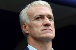 Didier Deschamps Pays Tribute France Players 100 Matches In Charge