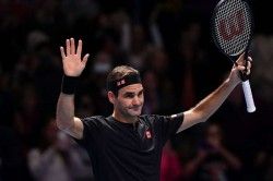 Federer Bounces Back At Atp Finals With Victory Over Berrettini