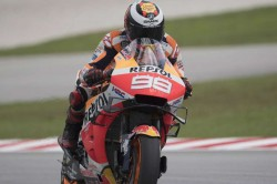 Valencia Gp Lorenzo To Start Last Race From 16th After Quartararo Pips Marquez To Pole