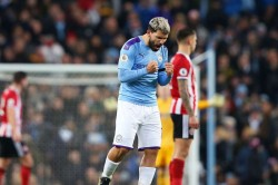 Premier League Manchester City 2 0 Sheffield United Aguero And De Bruyne Strike In Contentious Win