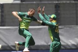 Dale Steyn Names Virat Kohli Ab De Villiers Quinton De Kock As Favourite Batsmen