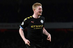 Kevin De Bruyne Manchester City Keep Fighting Premier League Title