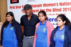 Brian Lara Extends His Support To Women S National Cricket Tournament For Blind
