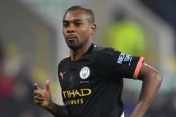 Fernandinho Role Change Manchester City Slump Premier League