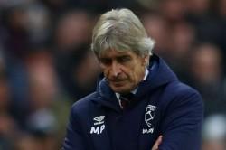 Premier League Review West Ham Sack Manuel Pellegrini Leicester City Loss Man Utd Beat Burnley