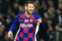 La Liga Review Messi S Hat Trick And A Few Contract Renewal