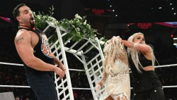 Wwe Monday Night Raw Results And Highlights December 30