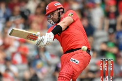Big Bash League Finch Inspires Renegades Chase As Heat Fail In Play Off Hunt