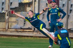 Warner Smith Bowlers Make Australia Favourites For India Tests Hayden