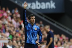 Valencia Coach Celades Welcomes Barcelona To Mestalla