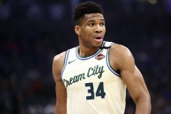 Giannis Antetokounmpo Milwaukee Bucks Nba Clippers Rockets