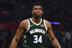 Giannis Antetokounmpo Milwaukee Bucks Nba La Lakers Lebron Davis