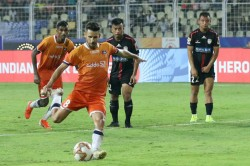 Isl 2019 20 Fc Goa Vs Northeast United Fc Erratic Northeast Help Goa Reclaim Top Spot