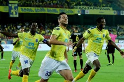 Isl 2019 20 Kerala Blasters Fc Vs Hyderabad Fc Five Star Kerala End Winless Run In Style