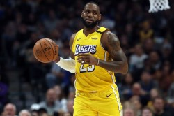Nba Wrap Lakers Seven Straight Leonard Clippers